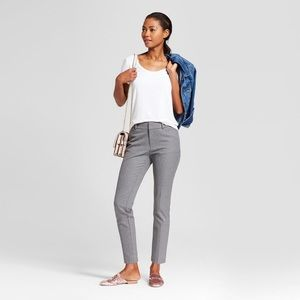 A New Day High-Rise Gray Skinny Ankle Dress Pant
